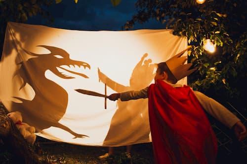 kids-fight-dragon-shadow-childhood-tale_t20_e94mzB (1)